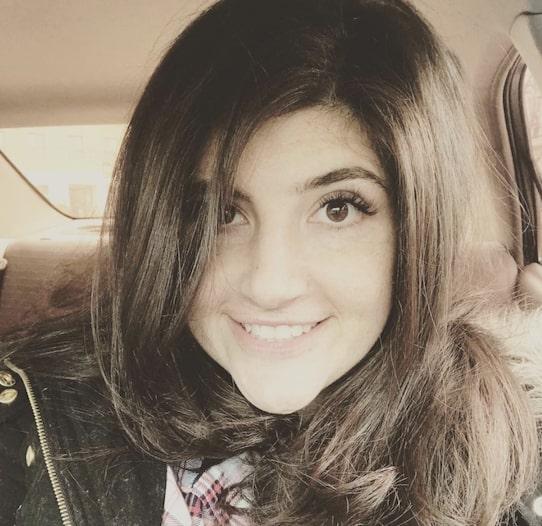 Rachel Rofe Hairdo