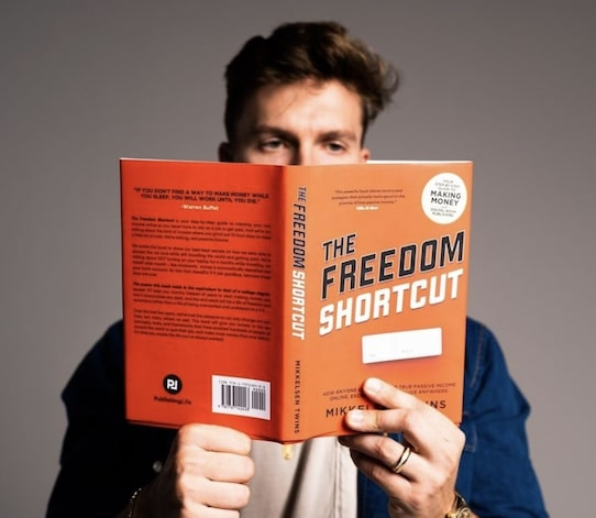 Reviewing Freedom Shortcut